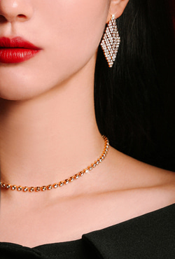 [V,Collect] Choker-Length Rhinestone Necklace